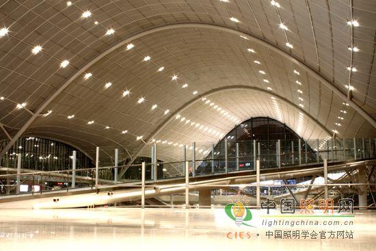 2010年   武汉新建火车站室内照明工程获得中照奖第五届照明工程设计