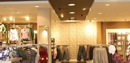 C&A大连店室内照明工程