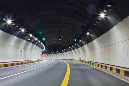 """深圳高速公路照明工程节能灯源的""""合同能源管理""""项目"""