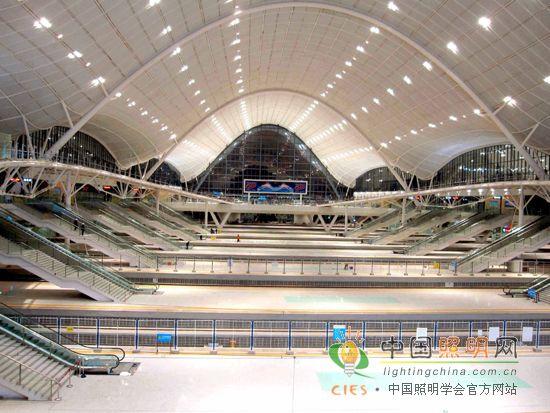 中照奖:武汉新建火车站室内照明工程