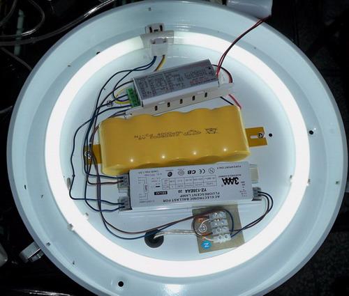 本公司生产的消防应急电源有多种型号,适配荧光灯,节能灯,led